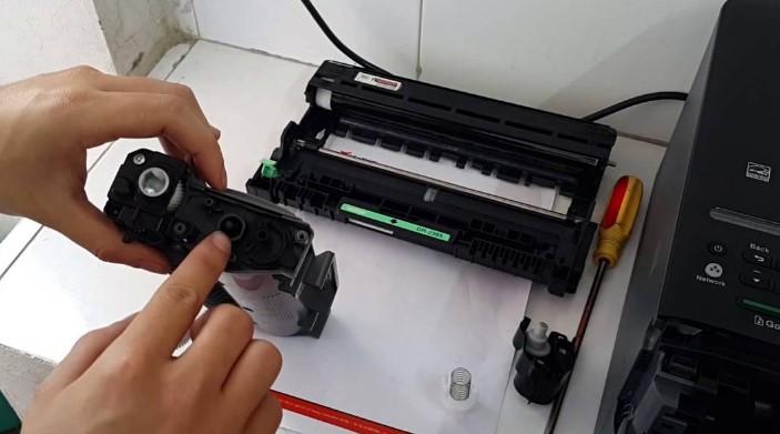 ve sinh may in laser
